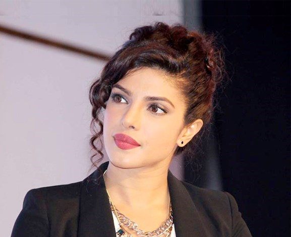 Hollywood Bollywood Priyanka Chopra Deepika Padukone Movie