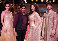 Katrina sizzles at the Delhi Couture Week