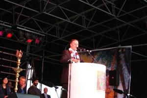 Prime Minister John Key inaugurates the Diwali 2009 celebrations in Auckland